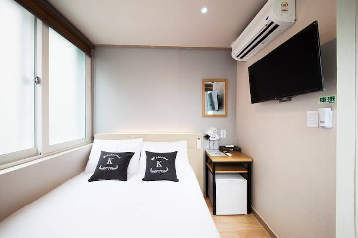 Seoul City Hall, Namdaemun, private room 🖤 Double