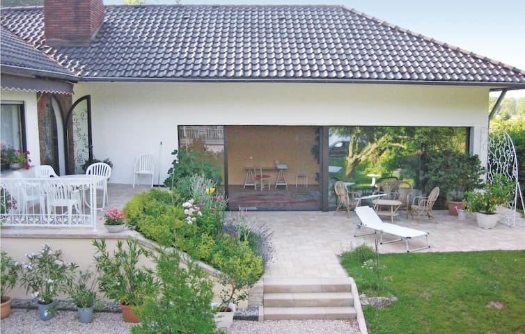 Holiday cottage with 2 bedrooms on 135m² in Wadern-Nunkirchen