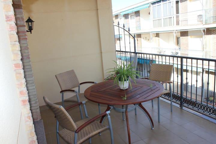 ÁTICO CON SOLARIUM - Pueblo Latino - Apartment