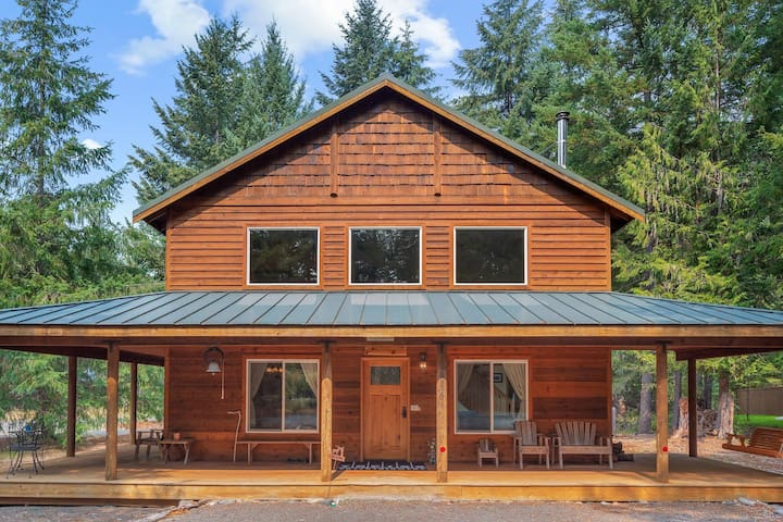 Elk Corral Cabin - Crystal and Mt. Rainier- Mgr. Abigail's Concierge