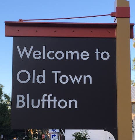 Old Town Bluffton Carriage Apt. - Bluffton