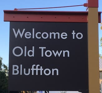 Old Town Bluffton Carriage Apt. - Блаффтон