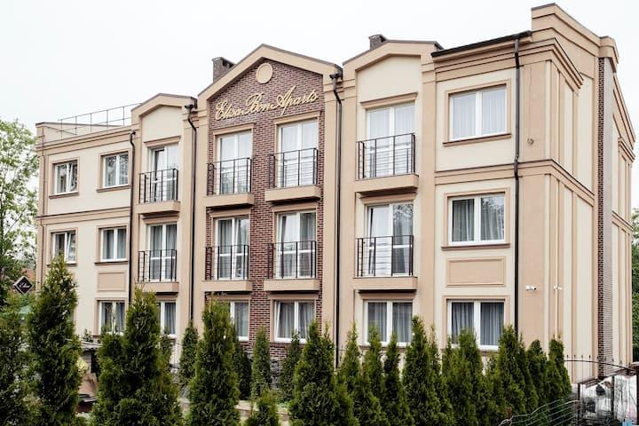 "Апартаменты ""Элиза БонАпарт"""
