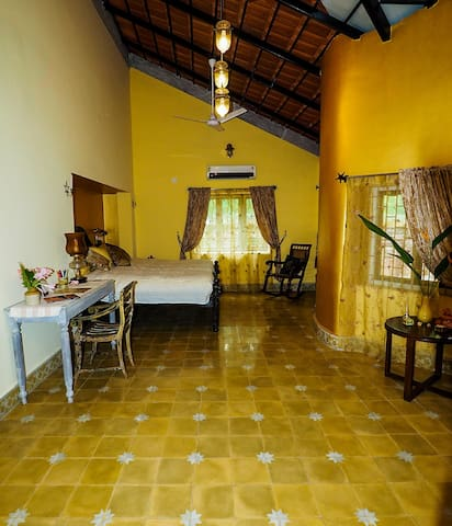 The Raja Room - the bedroom