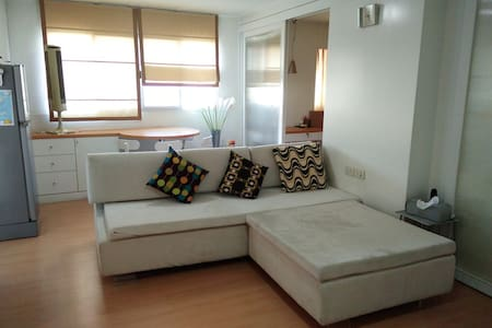 Cozy & Comfy Room, 60sqm, Lumpini Place Sathorn - Bangkok
