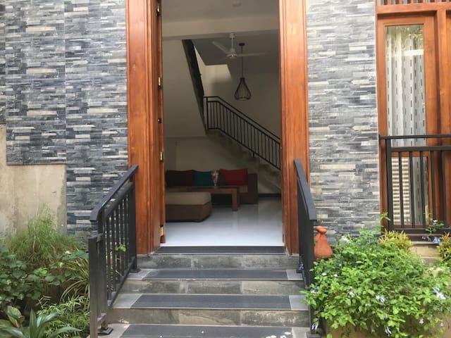 Attidiya fully furnished upstairs unit