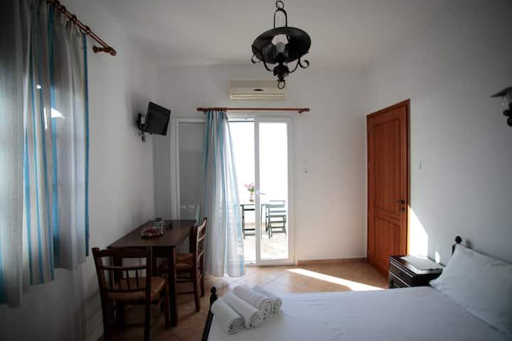 Villa Athina-Private top floor of a seaview Villa