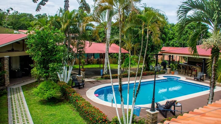 7 Room Villa in Jaco