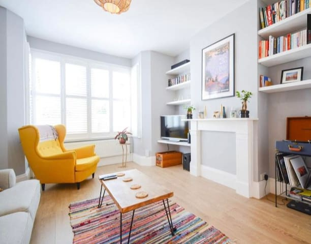 Rare Find - Beautiful Victorian House North London