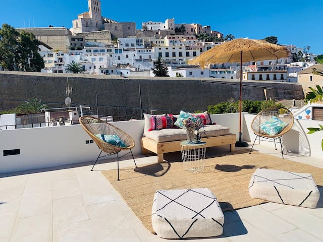 Ibiza town rooftop terrace flat  up to 4 guests