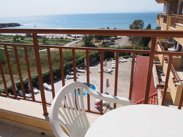 2Beds to the South beach in Ravda