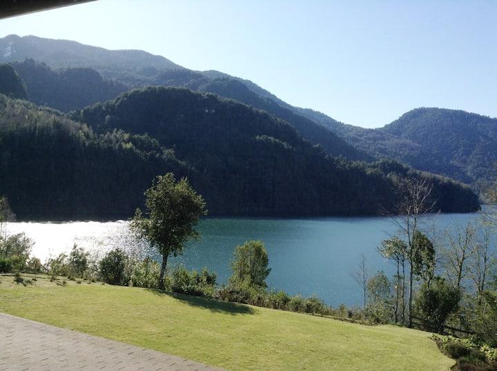 Panguipulli  Lago Neltume Huilo Huilo