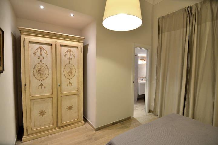 Modern apt with Stylish Furnitures ;)