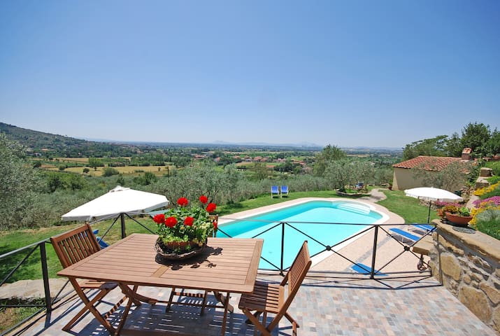 House in farmhouse with amazing views - Cortona - Daire