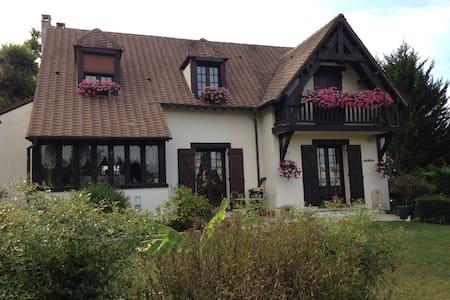 Maison individuelle - Lamorlaye - House