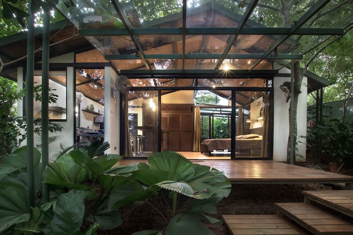 Zumaloft Master Suite