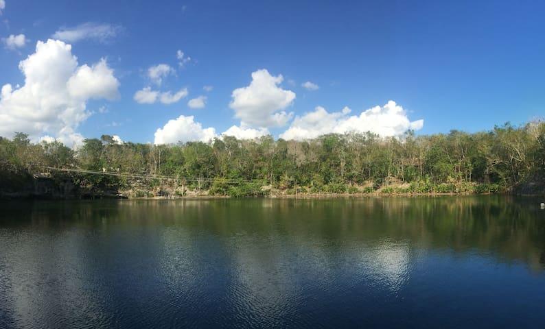 Cabañas en el Cenote Agua Azul - Valladolid Nuevo