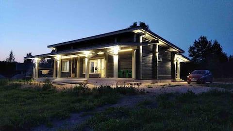Усадьба Мороза дом на берегу Уксунйоки