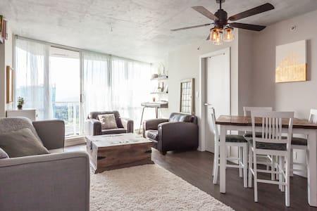 Bright modern 2 bedroom apartment - 萨里 - 公寓