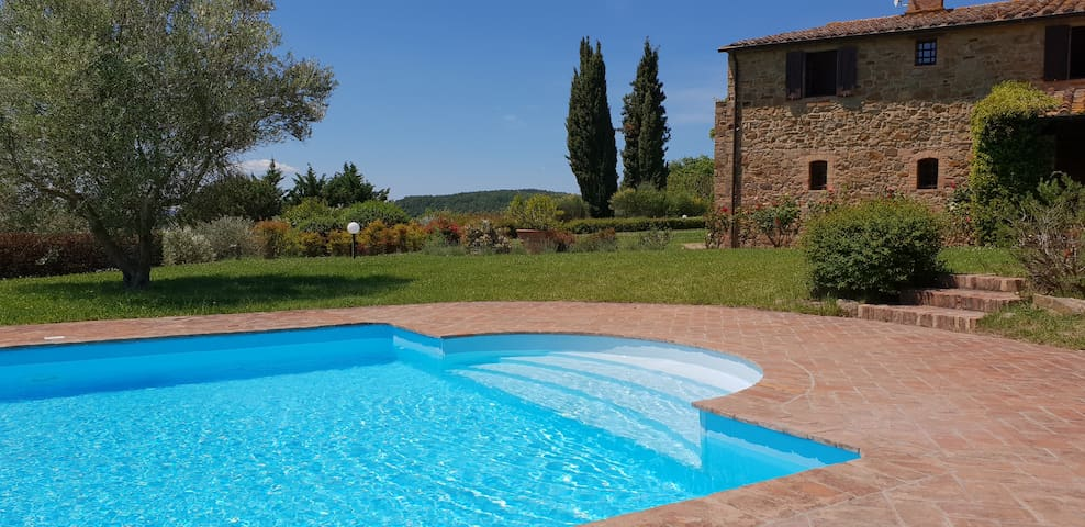 Beautiful Tuscan Villa with private swimming pool