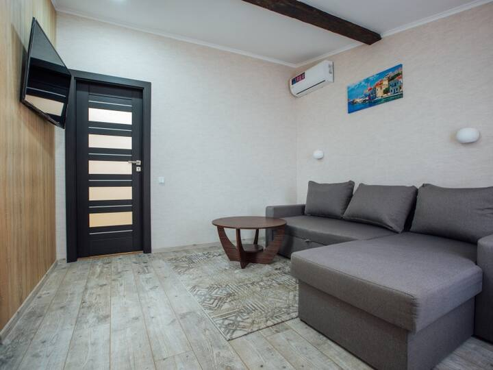 "19-А budget number. Apartments premium in the historic center ""GALAGOV"""