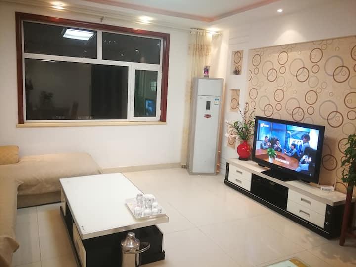 东昌湖古楼火车站附近精装修的温馨阳光地暖房3居室