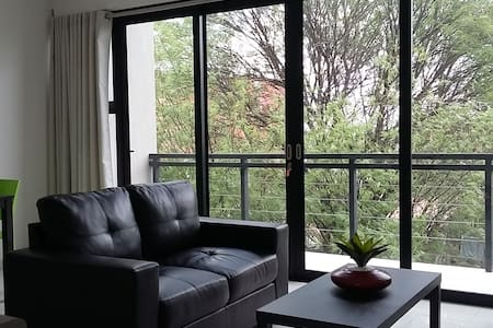 Upmarket apartment in heart of Windhoek