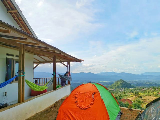 Opah village