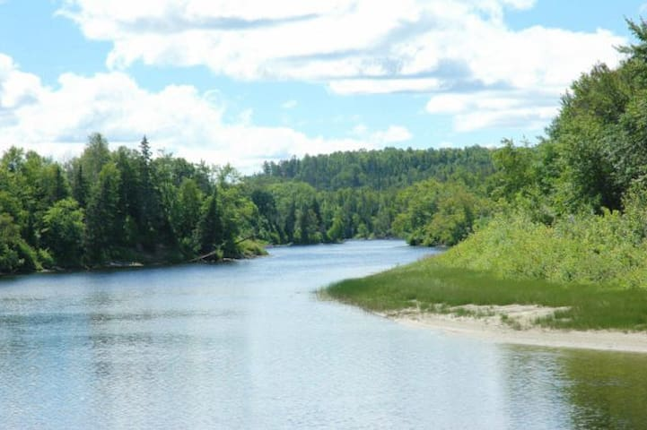 Northern Ontario-Fishers Paradise-Campsite 2
