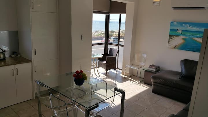 ACUSHLA ACCOMMODATION Esplanade Living - 2 Bedroom