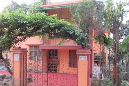 Pubali - Spacious Private double room - Bolpur - Σπίτι