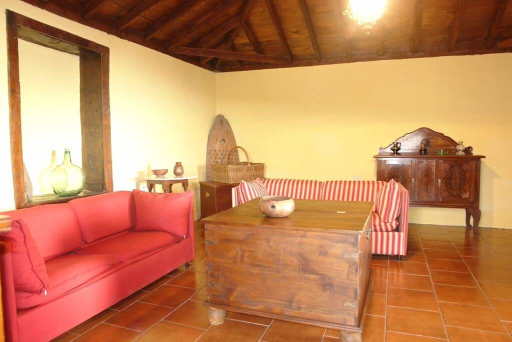 Casa Pino 1 Salon