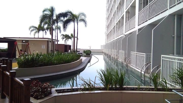 Charming Condo with Incredible Amenities