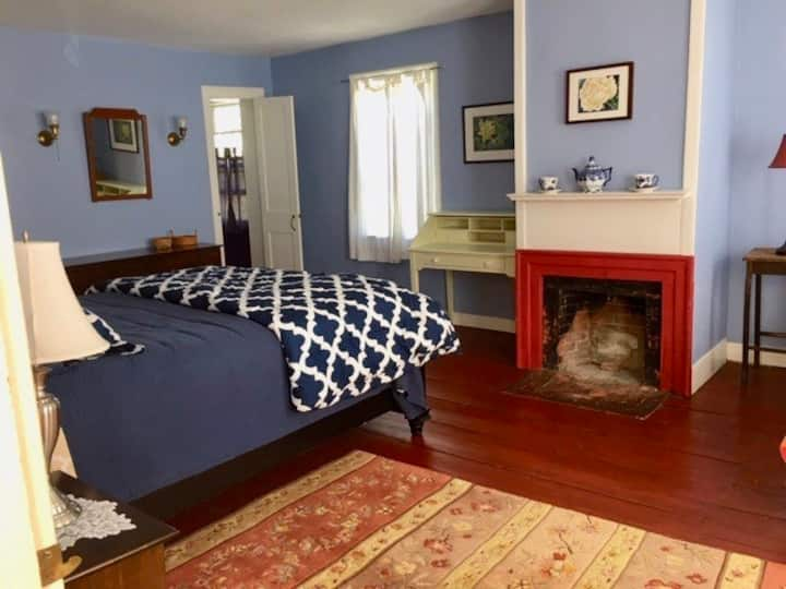 The Blue Room at the Norton Hill BnB