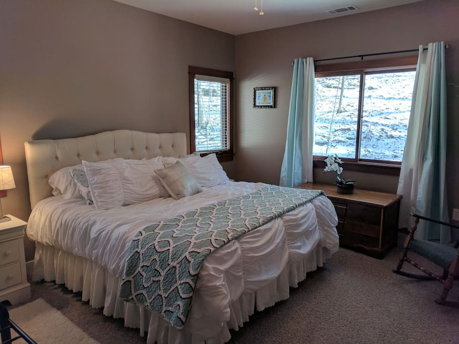 King size bed with Marriott mattress and super soft bedding. Plenty of closet and drawer space.