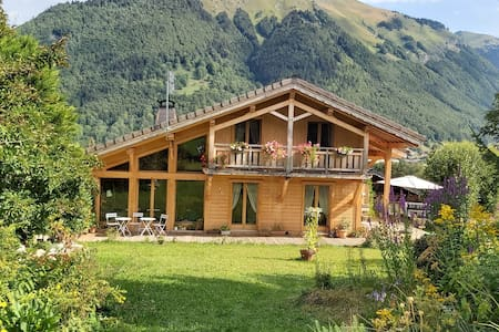 Confortable and independant studio in our chalet.