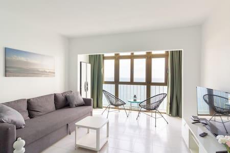 Flatguest Mirador - Seaview + Beach + WiFi