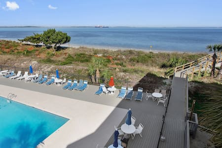 BEACH SIDE CONDO w/ WATER VIEW AND POOL