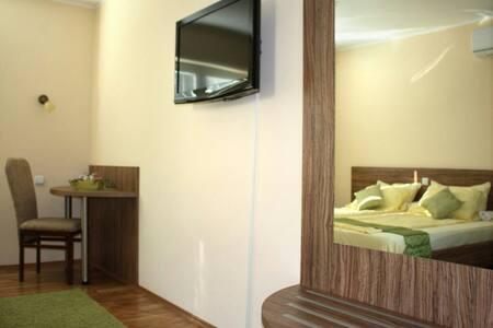 novi, topli i sunčani apartman - Lakás