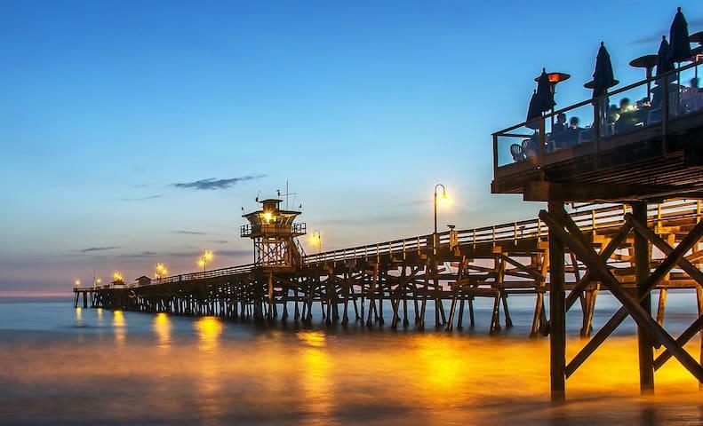 """San Clemente Retreat -  """"Island Paradise"""" Feel! #E"""