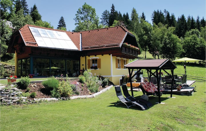 Holiday cottage with 2 bedrooms on 116m² in Neumarkt