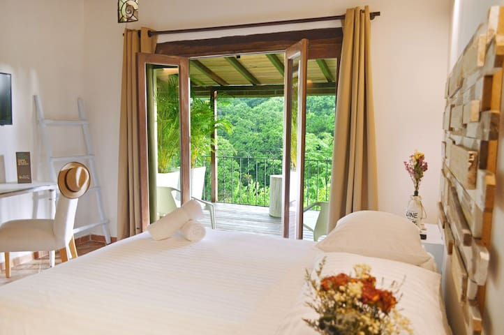NEW!Stunning views. Room in Hotel Boutique