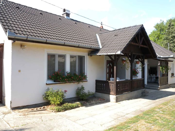 apt for 4 persons with WLAN in Siófok R17963