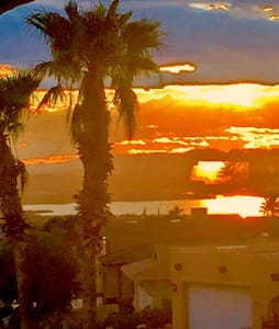 SEPARATE ENTRY MASTER SUITE VIEWS! - Lake Havasu City - Casa