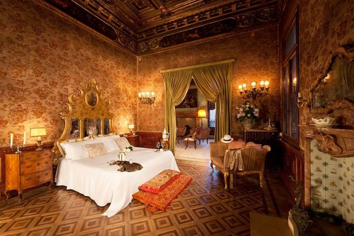 Palazzetto Pisani - Doge Room