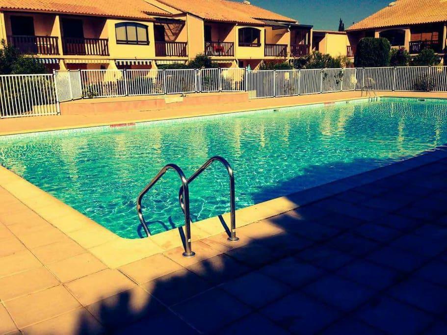 piscine collective à 10 mètres