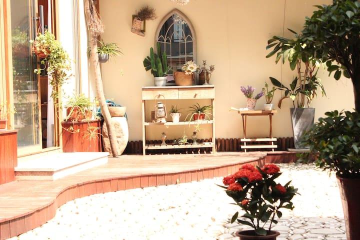 【Myhome第吾家】文艺别墅整层套房超美花园客厅独享近苏宁