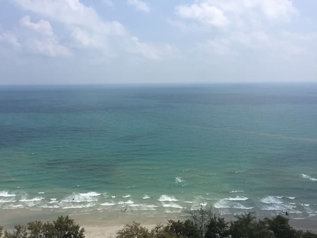 Best view 72 SQ.M. BEACHFRONT SUITE - Rayong - Apto. en complejo residencial