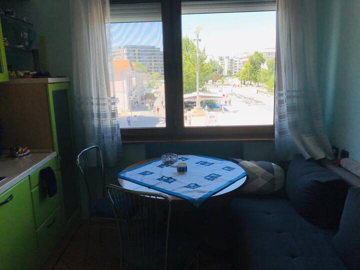 Main Street Cozy apartment in the heart of Burgas