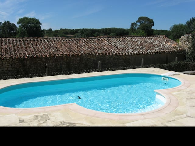 MAISON BOUCOEUR - Private Heated Salt Water Pool